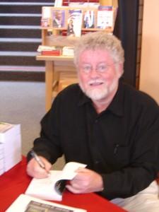 Craig signing books @ Borders